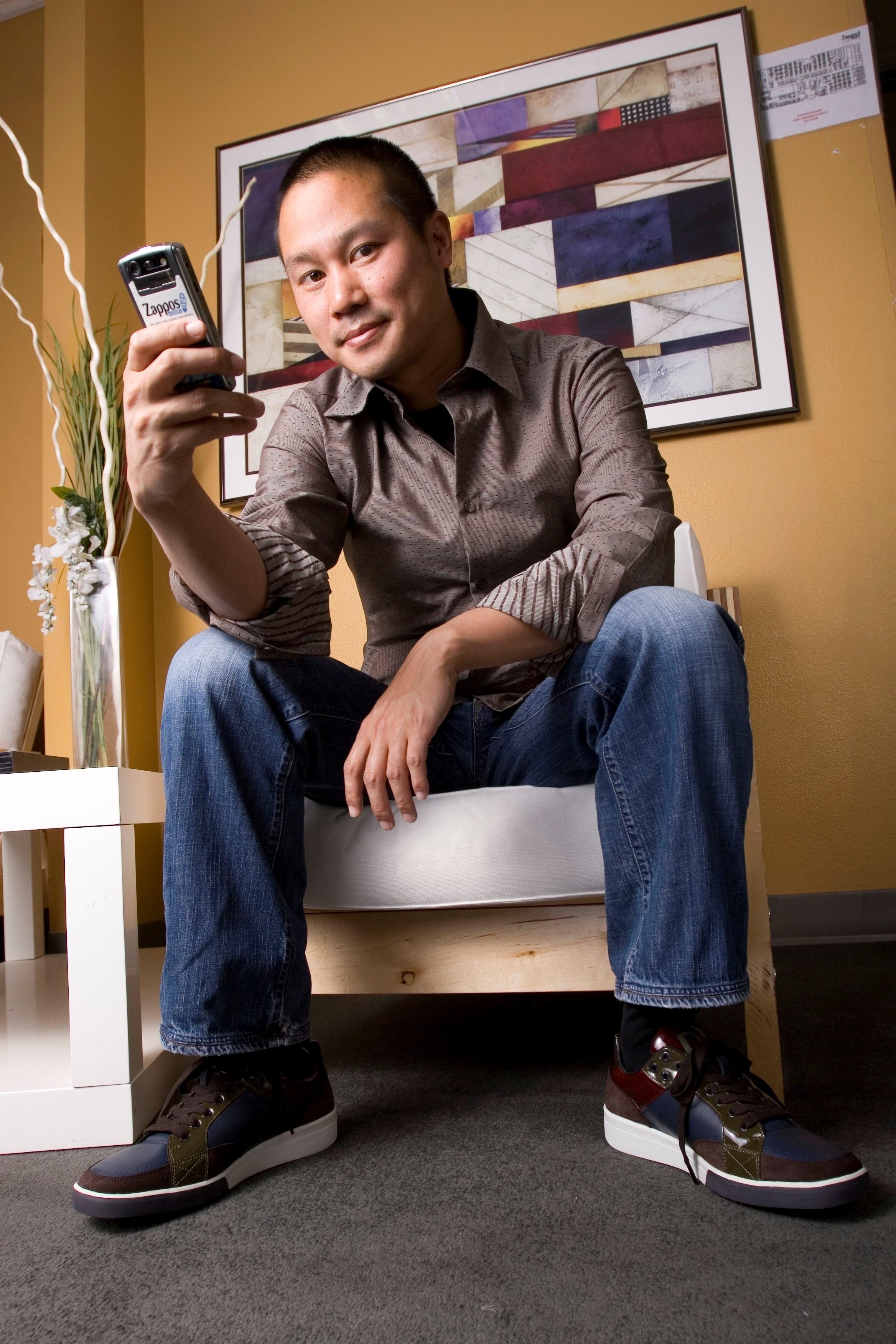 Tony Hsieh photo