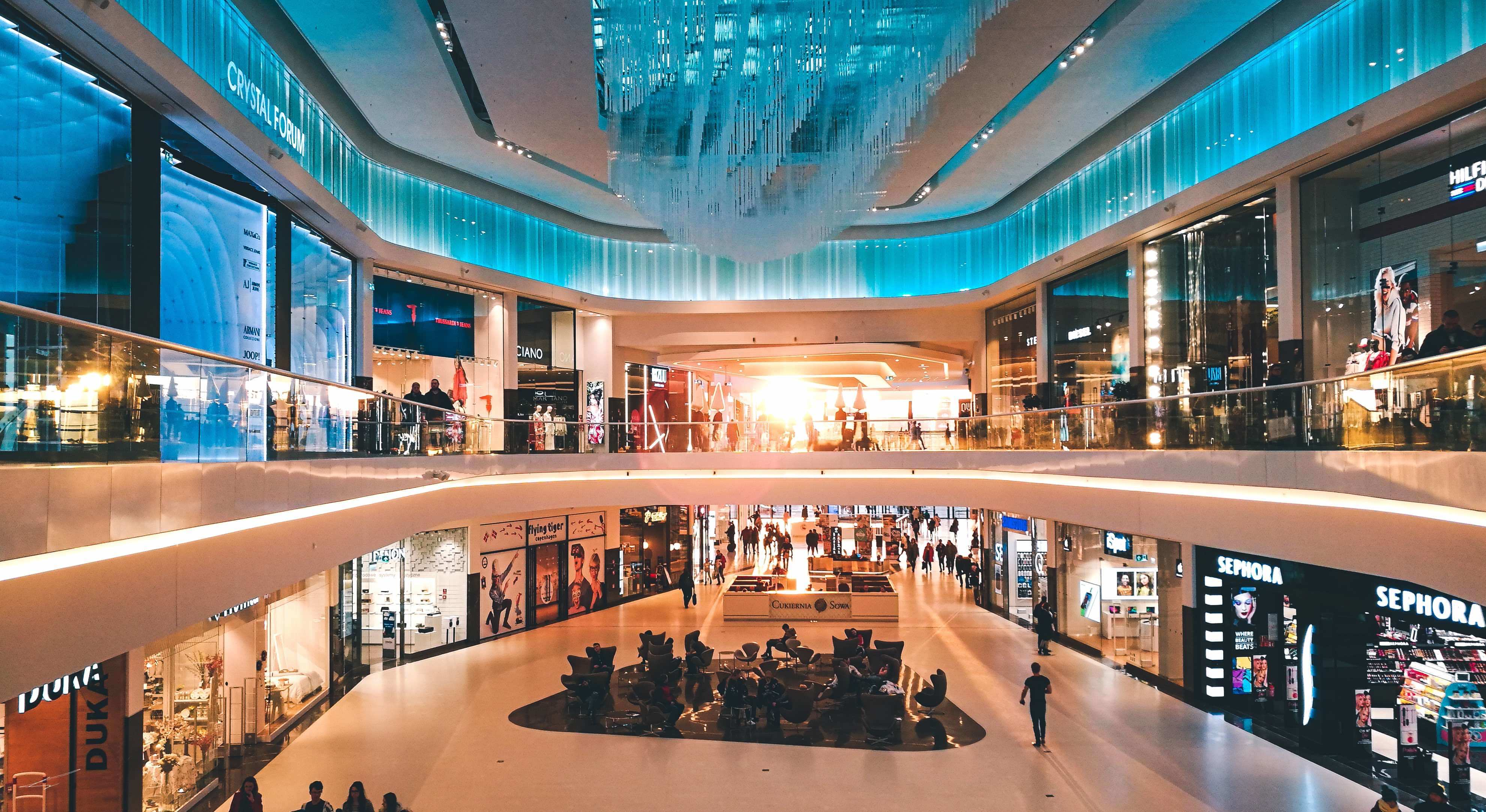 traditional retail customer experience